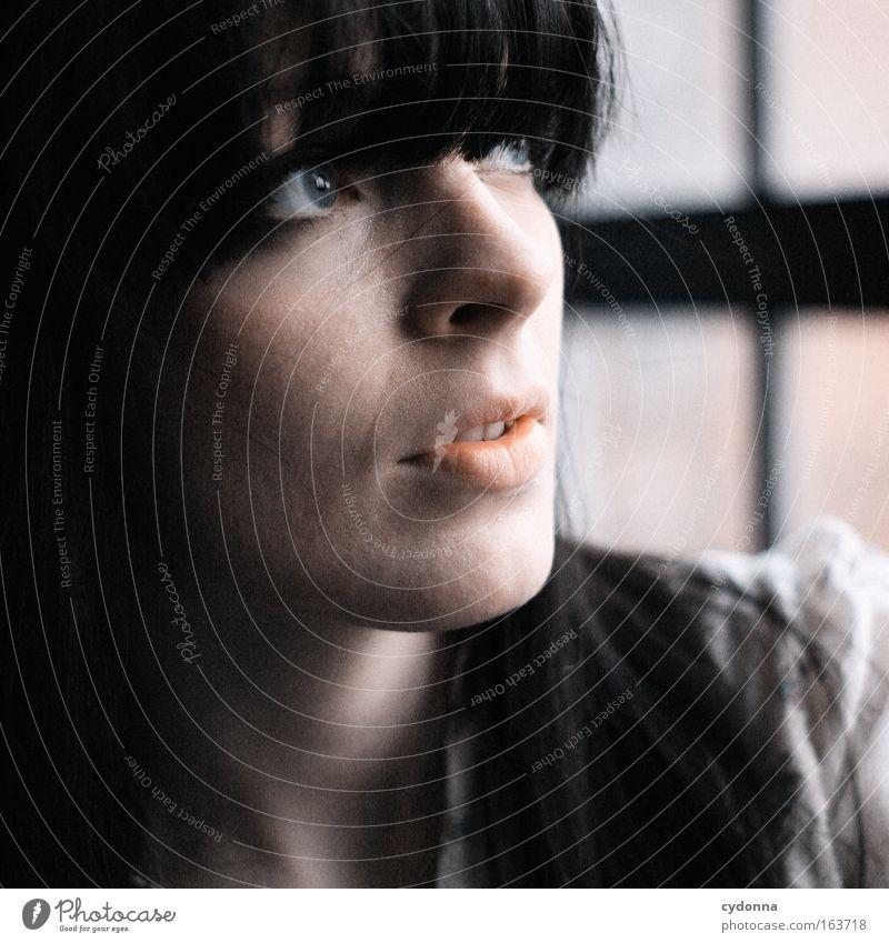 [DD Apr 09] Schöner Gedanke Mensch Frau Mädchen Sehnsucht Liebe Glaube Leben Fenster Gesicht schön zart Jugend Zukunft verwundbar zerbrechlich