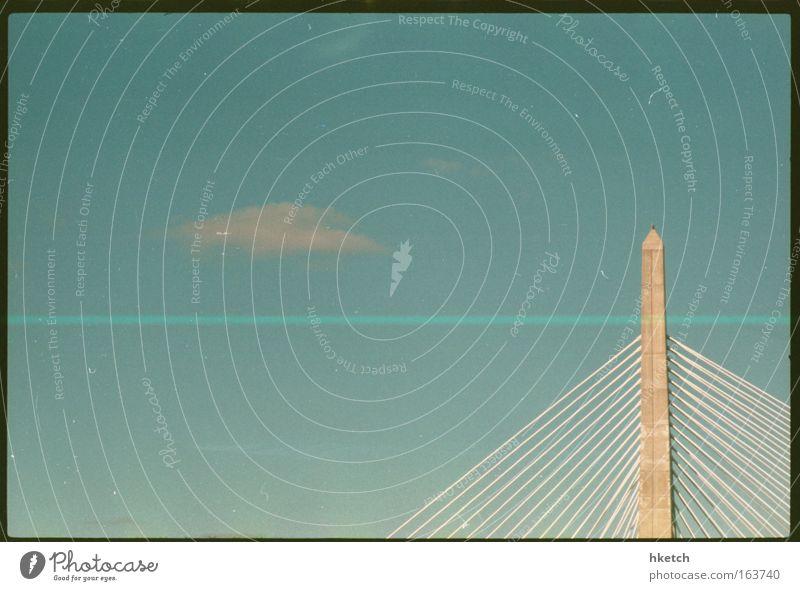 Über sieben Brücken musst Du gehn... Himmel blau grün Ferien & Urlaub & Reisen Wolken Architektur Wärme elegant Beton modern groß Tourismus Industrie fahren