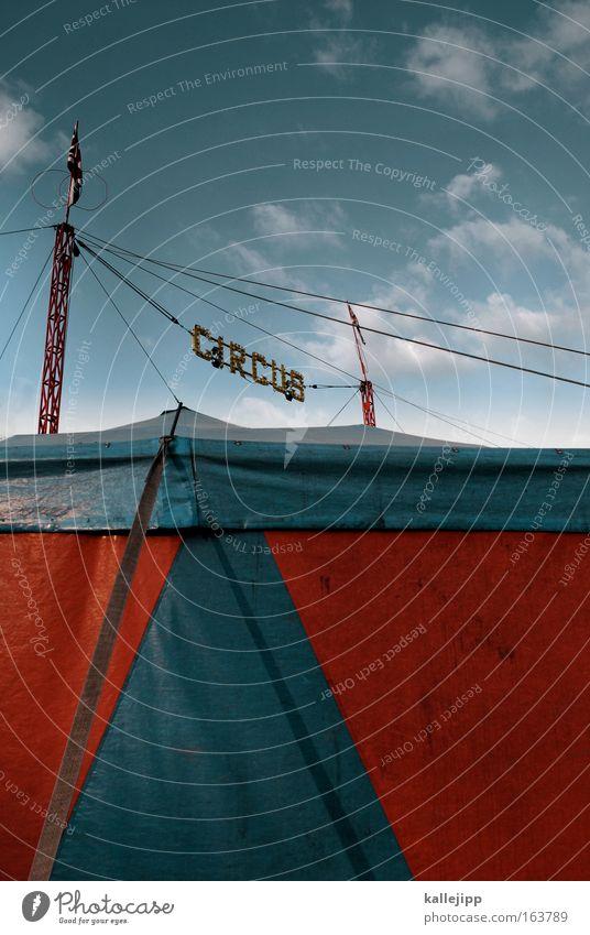 herzlich willkommen blau Dach Show Theater Eingang Bühne Veranstaltung Schönes Wetter Publikum Clown Künstler Zelt Artist Zirkus attraktiv Attraktion
