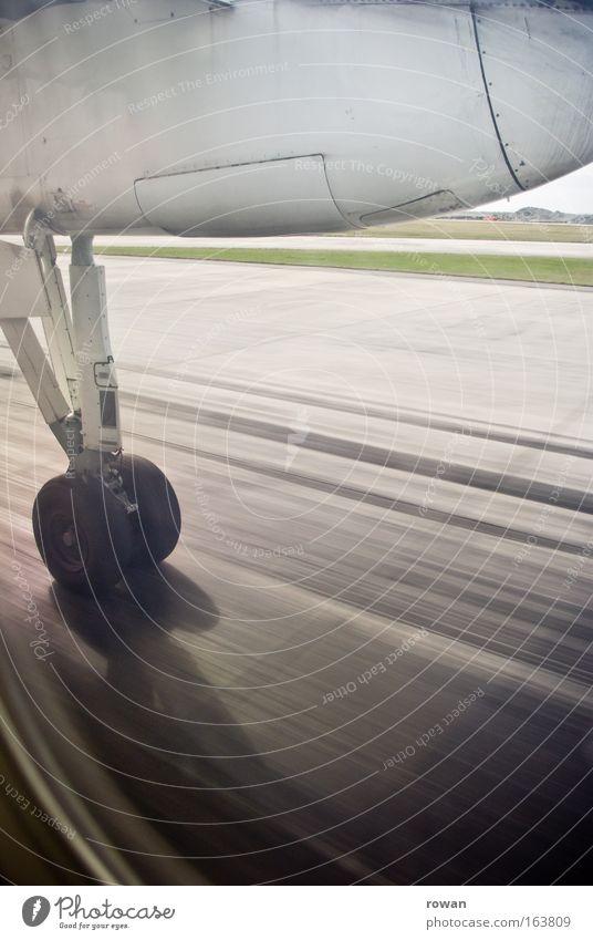 abflug Ferien & Urlaub & Reisen Flugzeug fliegen Geschwindigkeit Luftverkehr Güterverkehr & Logistik Tourismus Reisefotografie Flugzeugstart Flughafen Reifen