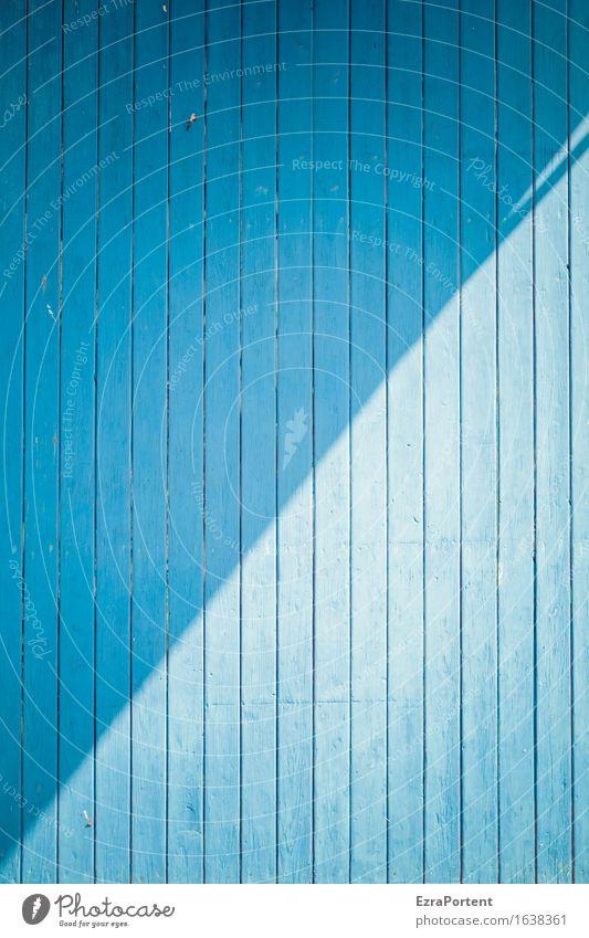 blaue Holzbretter, Sonne und Schatten Bauwerk Gebäude Mauer Wand Fassade Linie ästhetisch Design Farbe diagonal Licht & Schatten Streifen Hintergrundbild