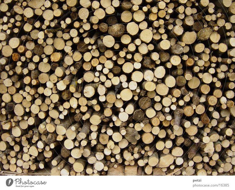Ruggeli Handwerk Umwelt Natur Blume Nutzpflanze Frieden Holzstapel geschnitten Rundholz Farbfoto Außenaufnahme Zentralperspektive Totale