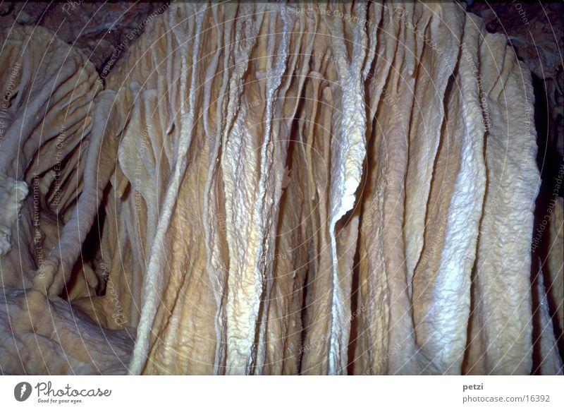 Tropfsteinformationen Natur außergewöhnlich fantastisch schön Überraschung Höhle Tropfsteine Sediment Fächer Galaktiten Farbfoto Innenaufnahme Totale