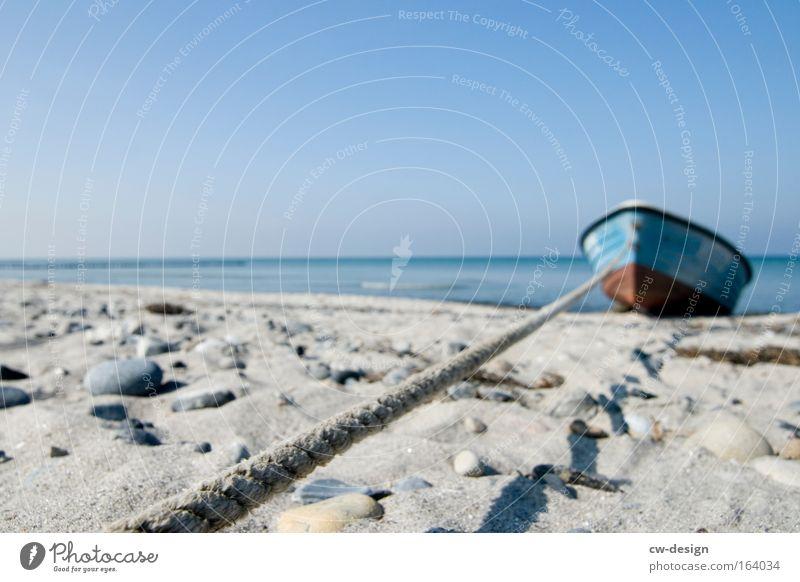 Mein Boot Natur Wasser Himmel weiß Wasserfahrzeug blau Sommer Strand Ferien & Urlaub & Reisen ruhig Einsamkeit Küste Ausflug Abenteuer Freizeit & Hobby Idylle