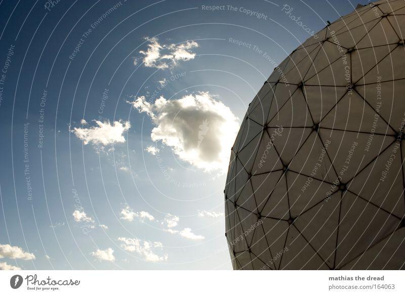 VI Himmel blau Sonne Wolken Architektur Europa Technik & Technologie rund außergewöhnlich Kugel Wissenschaften Physik Sehenswürdigkeit Dreieck Militär spionieren