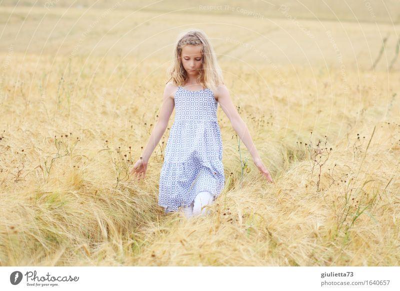 summer feeling || Mensch Kind Ferien & Urlaub & Reisen schön ruhig Mädchen Gefühle natürlich feminin Religion & Glaube Spielen Denken gehen träumen Idylle