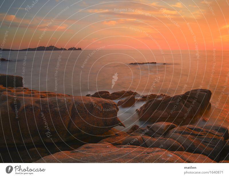 Kitsch Landschaft Himmel Wolken Horizont Sonnenaufgang Sonnenuntergang Sommer Schönes Wetter Hügel Felsen Küste Meer blau braun gold orange rosa weiß Galicia