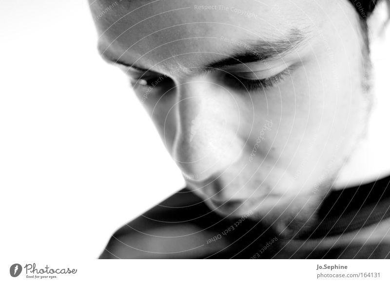 three thoughts Junger Mann 18-30 Jahre Erwachsene maskulin nachdenklich Denken Konzentration ruhig Sorge Gefühle Gedanke schweigen sensibel introvertiert