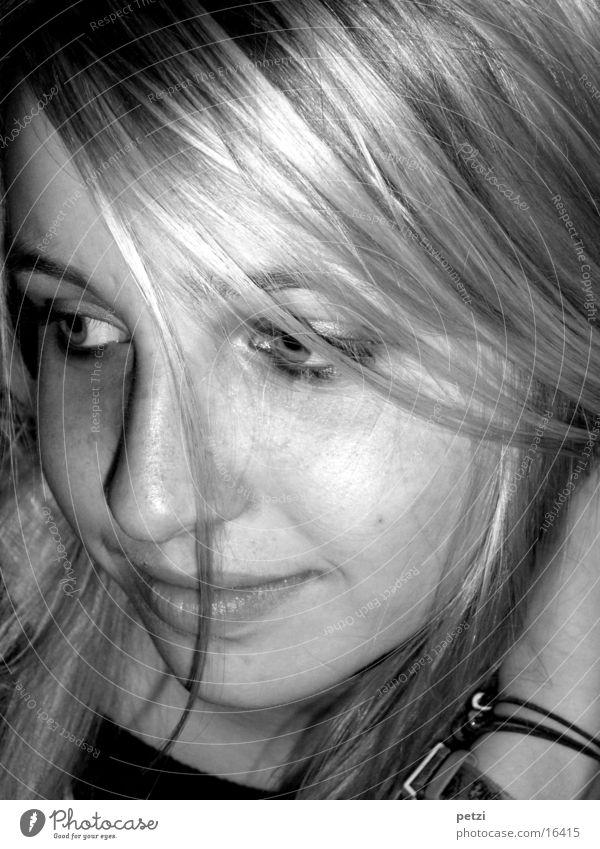 Terry sw Haare & Frisuren Gesicht Junge Frau Jugendliche Erwachsene Kopf Auge Nase Mund Hand 13-18 Jahre Kind schön schwarz weiß Zufriedenheit authentisch