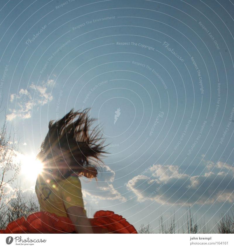 aladdin und die wunderjumpe Gedeckte Farben Außenaufnahme Textfreiraum rechts Textfreiraum oben Dämmerung Lichterscheinung Sonnenlicht Sonnenstrahlen Gegenlicht