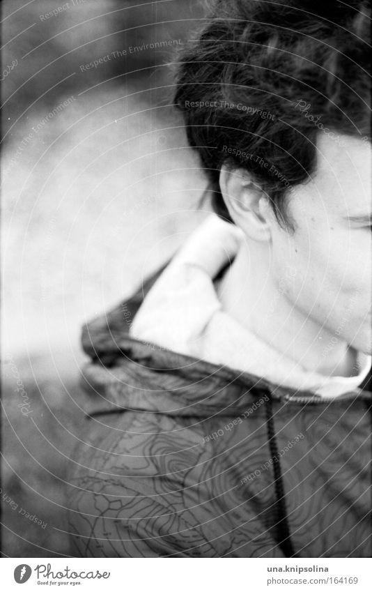 th Bildung maskulin Junger Mann Jugendliche Erwachsene Kopf Haare & Frisuren Ohr 1 Mensch 18-30 Jahre Pullover Jacke Stoff schwarzhaarig brünett Locken