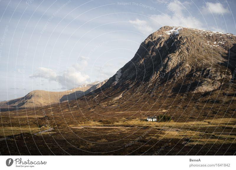 Buachaille Etive More Ferien & Urlaub & Reisen Berge u. Gebirge wandern Umwelt Natur Landschaft Pflanze Himmel Wolkenloser Himmel Horizont Wiese Feld Hügel