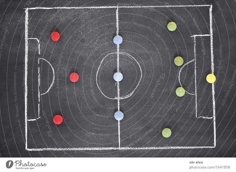 4-3-3 Sport Ballsport Fußball Fußballplatz Business Erfolg sprechen Team fleißig diszipliniert planen Teamwork Anordnung Plan zielstrebig Sportmannschaft