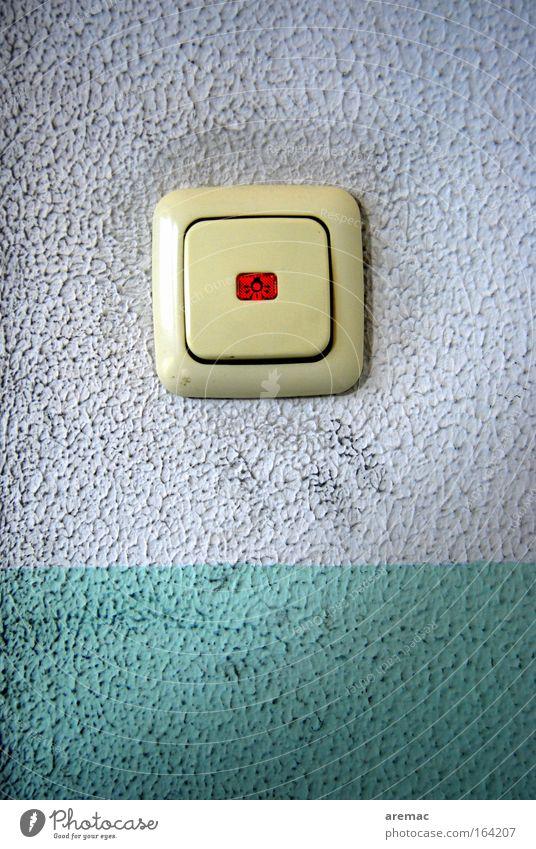 Hände waschen nicht vergessen weiß blau dreckig Beton Technik & Technologie Handwerk Schalter Lichtschalter