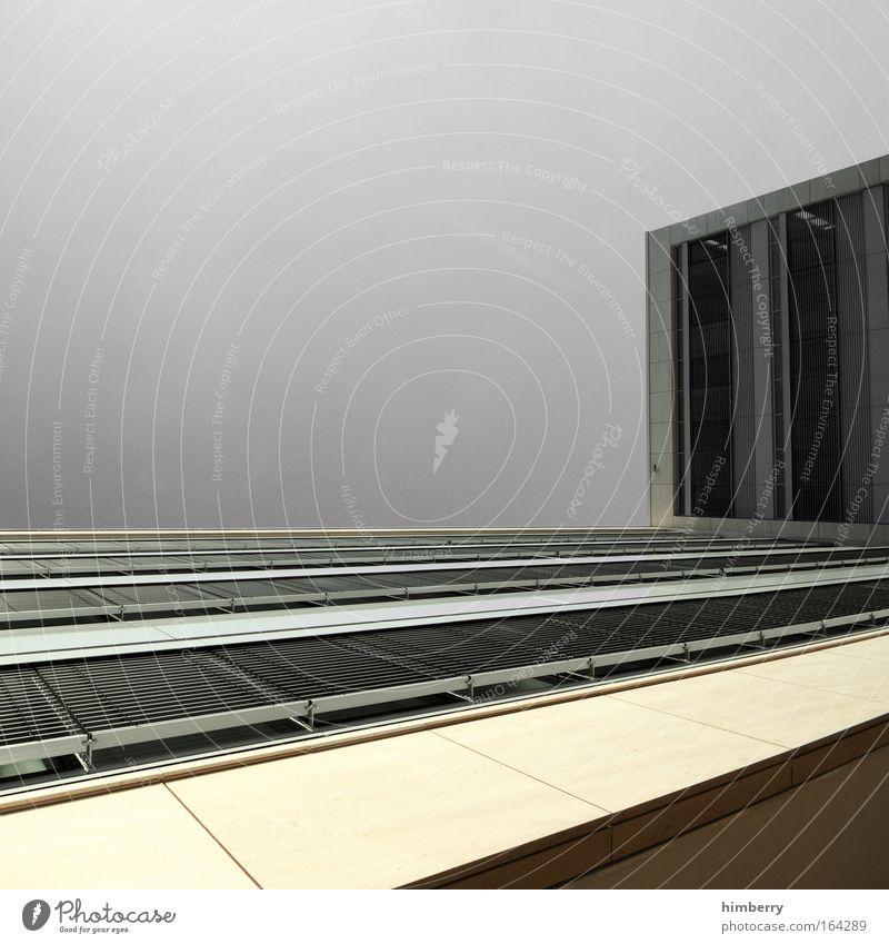 aufwärtstrend Haus Farbe gelb Wand Architektur grau Mauer hell Arbeit & Erwerbstätigkeit Fassade hoch Erfolg Industrie Baustelle einzigartig Güterverkehr & Logistik