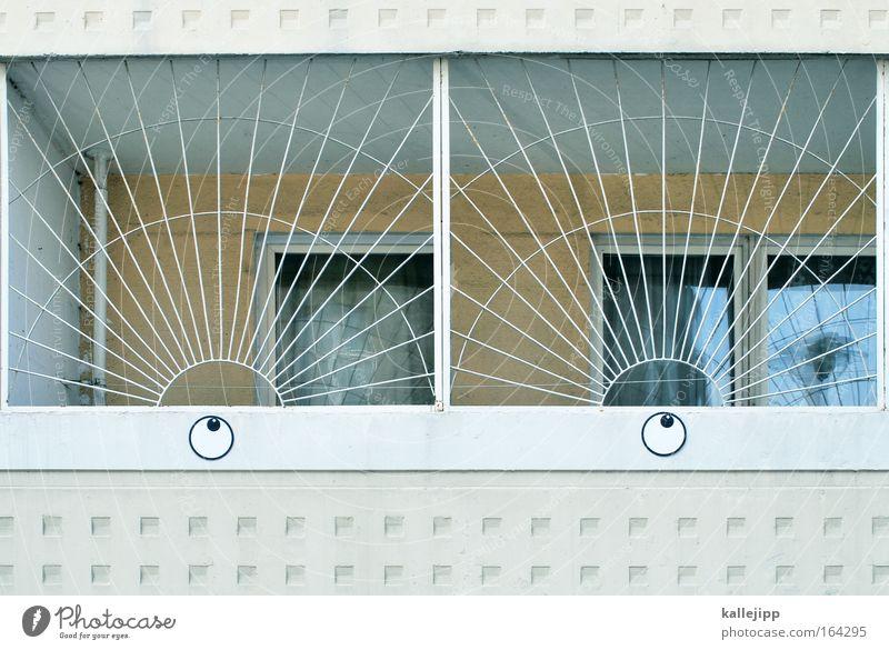 my marilyn Blick nach oben Auge Haus Bauwerk Gebäude Architektur Fassade Balkon Terrasse Graffiti Brunft weiß schön Begierde Lust Hollywood Filmstar Schminken
