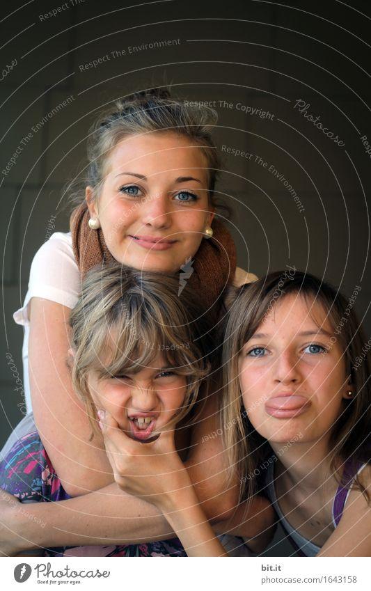 Quatschköpfe³ || Kindererziehung Schule Schulhof feminin Mädchen Junge Frau Jugendliche Familie & Verwandtschaft Freundschaft Kindheit Freude Glück Fröhlichkeit