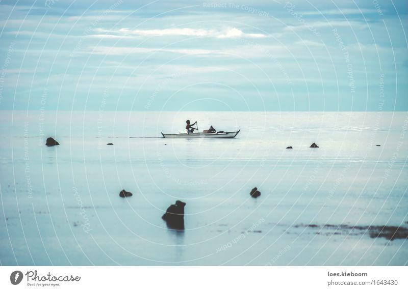 Fisher in the endless sea of water and clouds Natur Ferien & Urlaub & Reisen blau Sommer Strand Leben Hintergrundbild Asien türkis exotisch Island