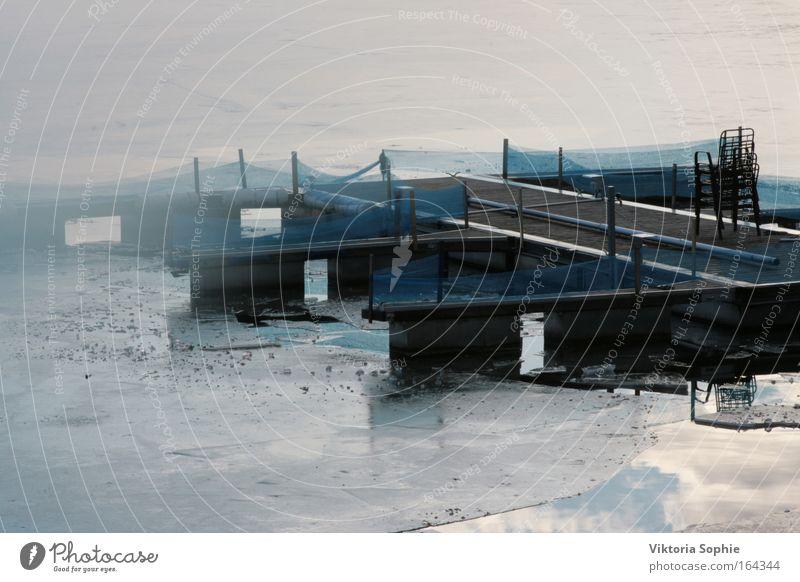Warten bis die Schiffe wieder fahren Wasser Himmel ruhig Wolken Eis warten Nebel Frost Fluss
