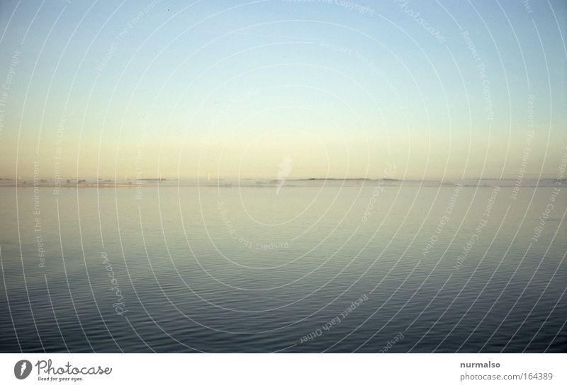 Morgens auf der Ostsee Farbfoto Morgendämmerung Panorama (Aussicht) Natur Urelemente Luft Wasser Himmel Horizont Sonnenaufgang Sonnenuntergang Nebel Wellen
