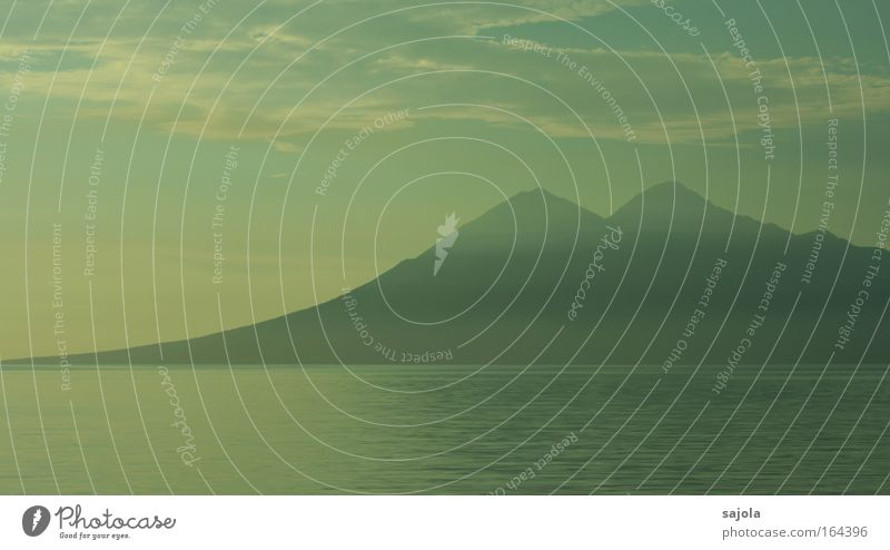 mystischer vulkan Natur Wasser schön Himmel Meer blau Ferien & Urlaub & Reisen ruhig Wolken Landschaft Stimmung Küste Umwelt groß Horizont ästhetisch