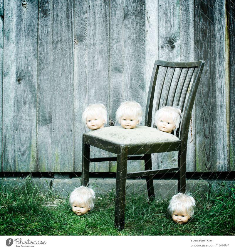 Puppendoktor Gesicht Holz Kopf Zusammensein Angst klein bedrohlich beobachten gruselig Puppe stagnierend