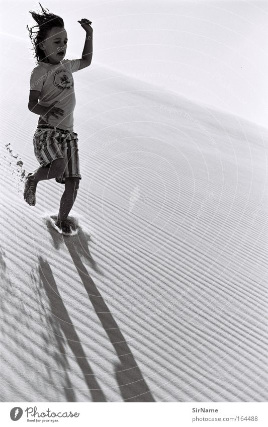 97 [high speed] Kind Jugendliche Ferien & Urlaub & Reisen Strand Ferne Leben Spielen Junge Sand Geschwindigkeit bedrohlich Fitness Lebensfreude Jugendkultur