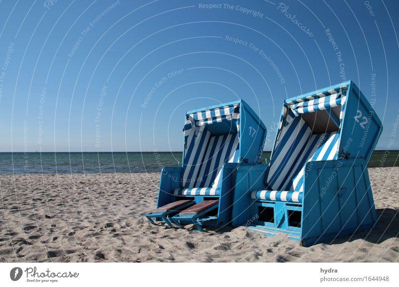 Strandliebe Ferien & Urlaub & Reisen Sommerurlaub Sonnenbad Meer Sand Himmel Wolkenloser Himmel Horizont Küste Ostsee Insel Insel Poel Strandkorb Streifen
