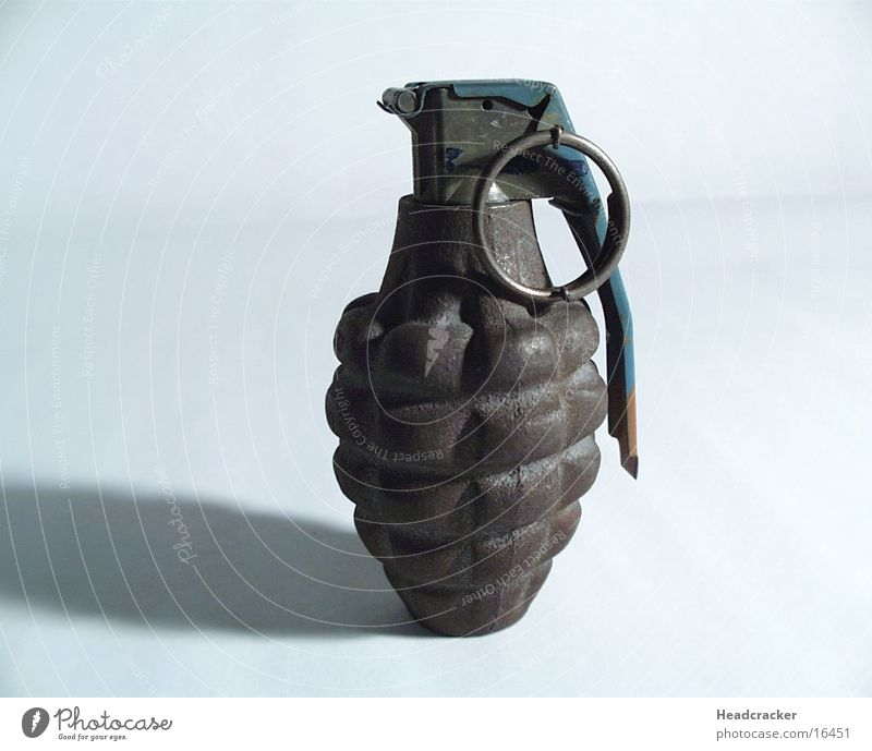 Granate Technik & Technologie Krieg Waffe Bombe Elektrisches Gerät Granat