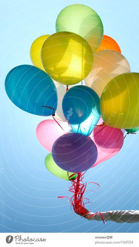 99 Luftballons Farbfoto mehrfarbig Außenaufnahme abstrakt Menschenleer Tag Licht Kontrast Sonnenlicht Gegenlicht Starke Tiefenschärfe Zentralperspektive