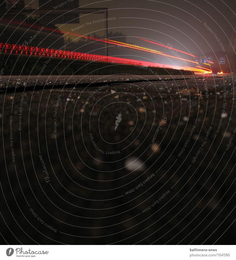 Drive Home weiß rot schwarz gelb Straße dunkel Bewegung PKW hell Geschwindigkeit leuchten Boden fahren Ziel Asphalt Autobahn