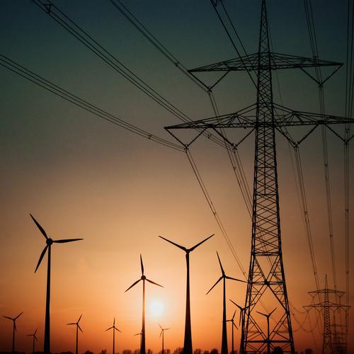 We are the Champions Technik & Technologie Fortschritt Zukunft Energiewirtschaft Erneuerbare Energie Windkraftanlage Strommast Hochspannungsleitung