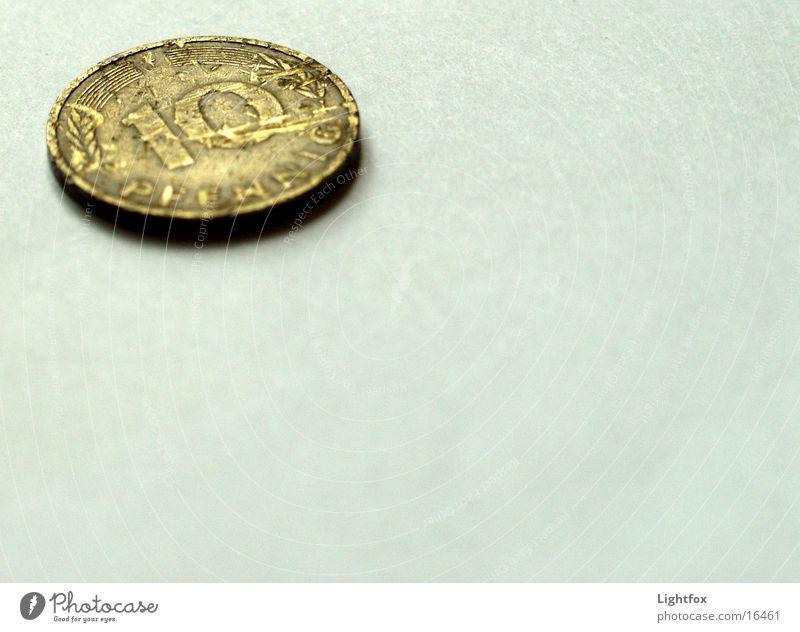 Hatte mal 10 Pfennig Deutschland Geld kaputt Vergangenheit Euro historisch Geldmünzen Schade Pfennige