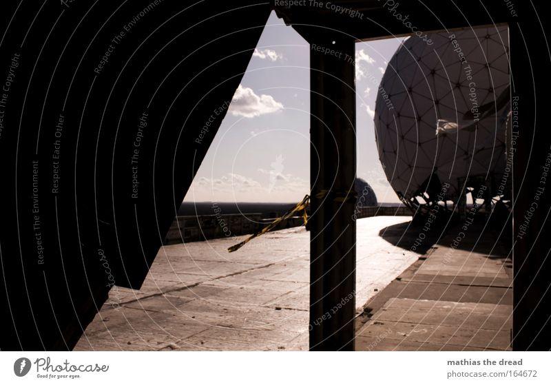 X Himmel Wolken dunkel Wind gehen ästhetisch Zukunft Dach Technik & Technologie rund außergewöhnlich hören Wissenschaften Ruine Antenne