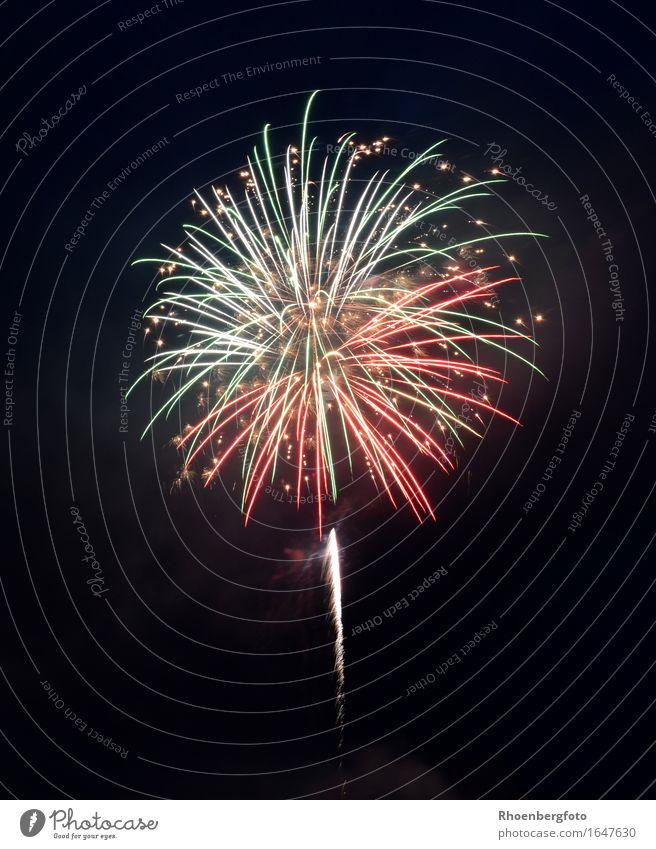 Feuerwerk Himmel Weihnachten & Advent Freude Feste & Feiern Party Wetter Luft Geburtstag Stern Schönes Wetter Zeichen schlafen Hochzeit Show Veranstaltung