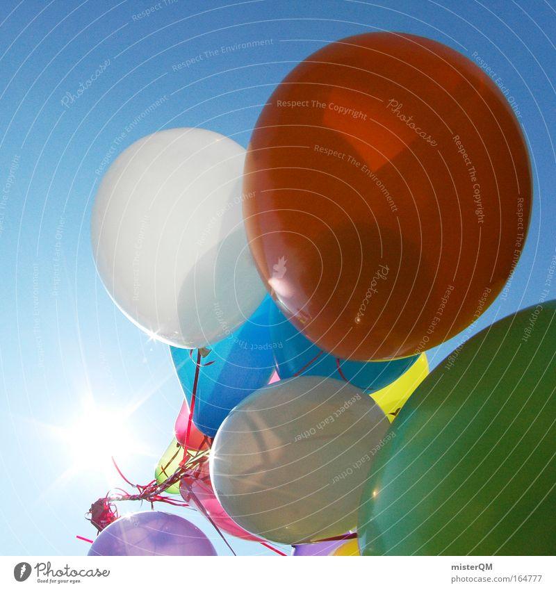 Über den Wolken. Himmel Party Luft hell Feste & Feiern Kindheit fliegen Luftballon Kindheitserinnerung Kitsch nah viele aufwärts leicht Schönes Wetter Schweben