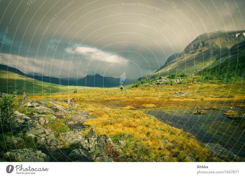 Der hohe Norden XI Ferien & Urlaub & Reisen Landschaft Einsamkeit Ferne Berge u. Gebirge Wege & Pfade außergewöhnlich wandern Ausflug Perspektive einzigartig