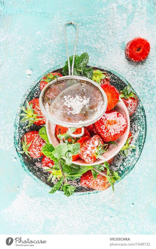 Erdbeeren mit Puderzucker Lebensmittel Frucht Dessert Süßwaren Ernährung Bioprodukte Vegetarische Ernährung Teller Schalen & Schüsseln Stil Design