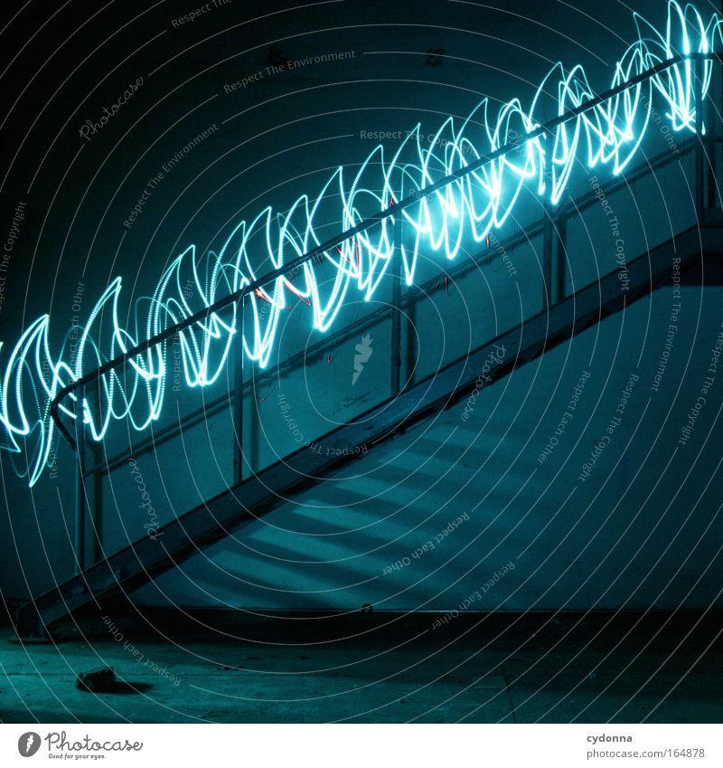 Lichtgeschwindigkeit Farbfoto Innenaufnahme Experiment Menschenleer Textfreiraum links Textfreiraum rechts Textfreiraum unten Nacht Kunstlicht Lichterscheinung
