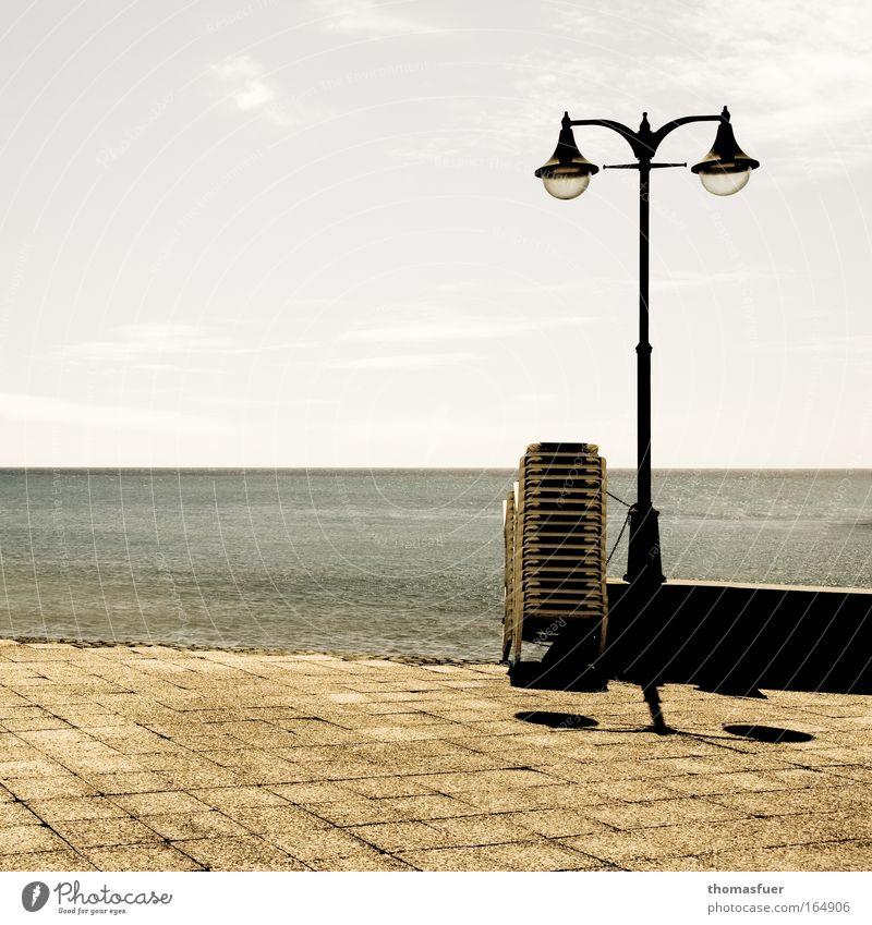 Abschied Wasser Himmel Meer Sommer Strand Ferien & Urlaub & Reisen Einsamkeit Ferne Freiheit Traurigkeit Zufriedenheit Küste Wellen Insel Tourismus Sehnsucht