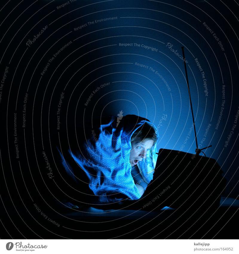 ziehung der lottozahlen Mensch blau Erwachsene Leben Beleuchtung Lampe maskulin wild leuchten Erfolg Medien Fernseher Fernsehen Aggression Sportveranstaltung