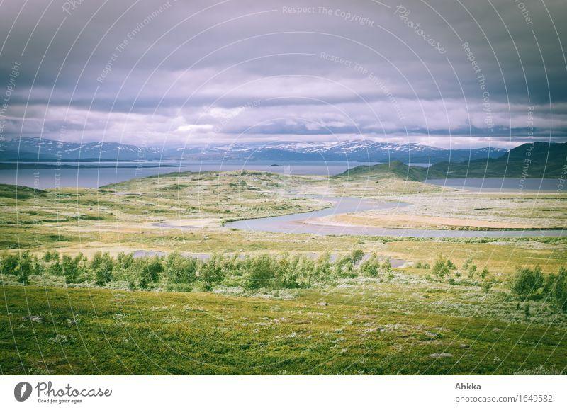 Wild-West-Setting Natur Ferien & Urlaub & Reisen blau grün Landschaft Einsamkeit Wolken Ferne Berge u. Gebirge Wiese Freiheit See wild einzigartig Abenteuer Fluss