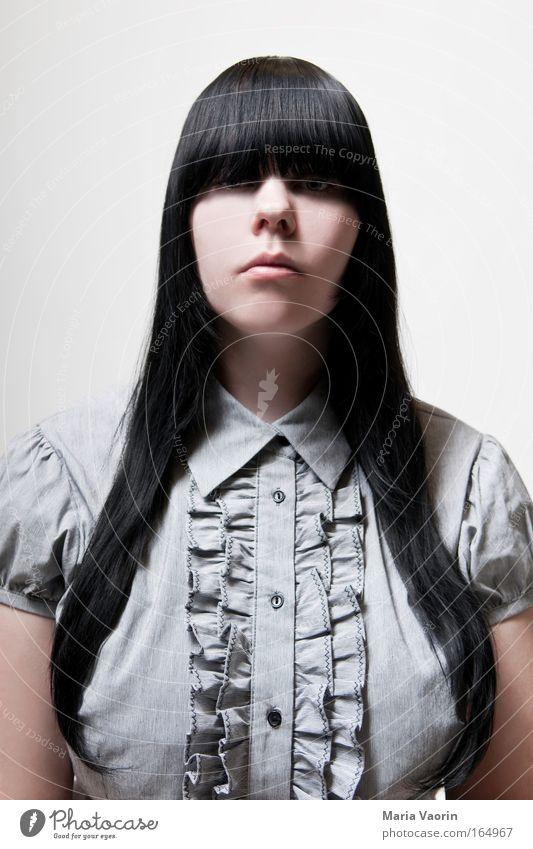 Gut erzogen Mensch Jugendliche kalt feminin grau Traurigkeit Mode Erwachsene elegant Bekleidung retro einzigartig Konzentration Hemd führen