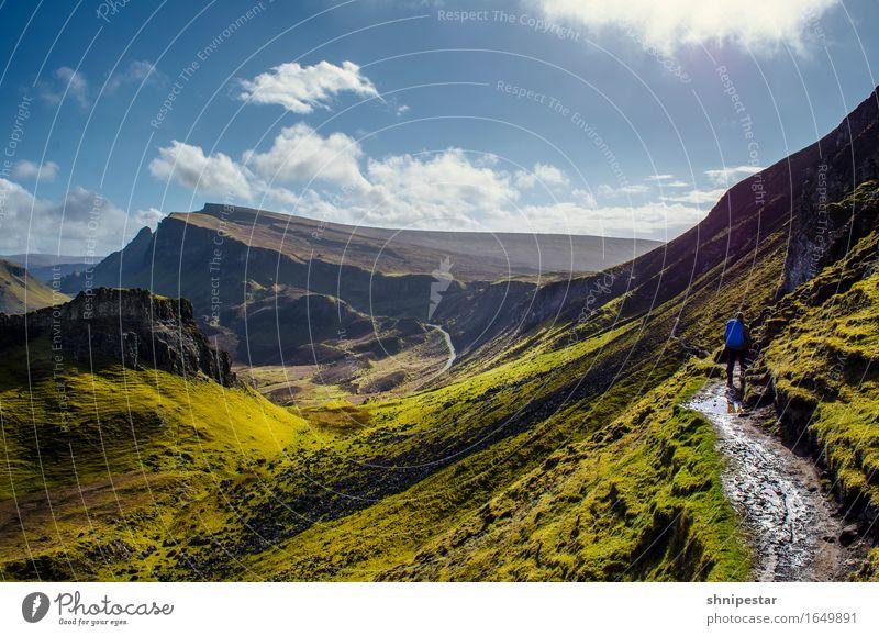 The Quiraing, Isle of Skye, Scotland Mensch Himmel Natur Ferien & Urlaub & Reisen Sonne Landschaft Berge u. Gebirge Umwelt Frühling Gras Sport Freiheit Wetter
