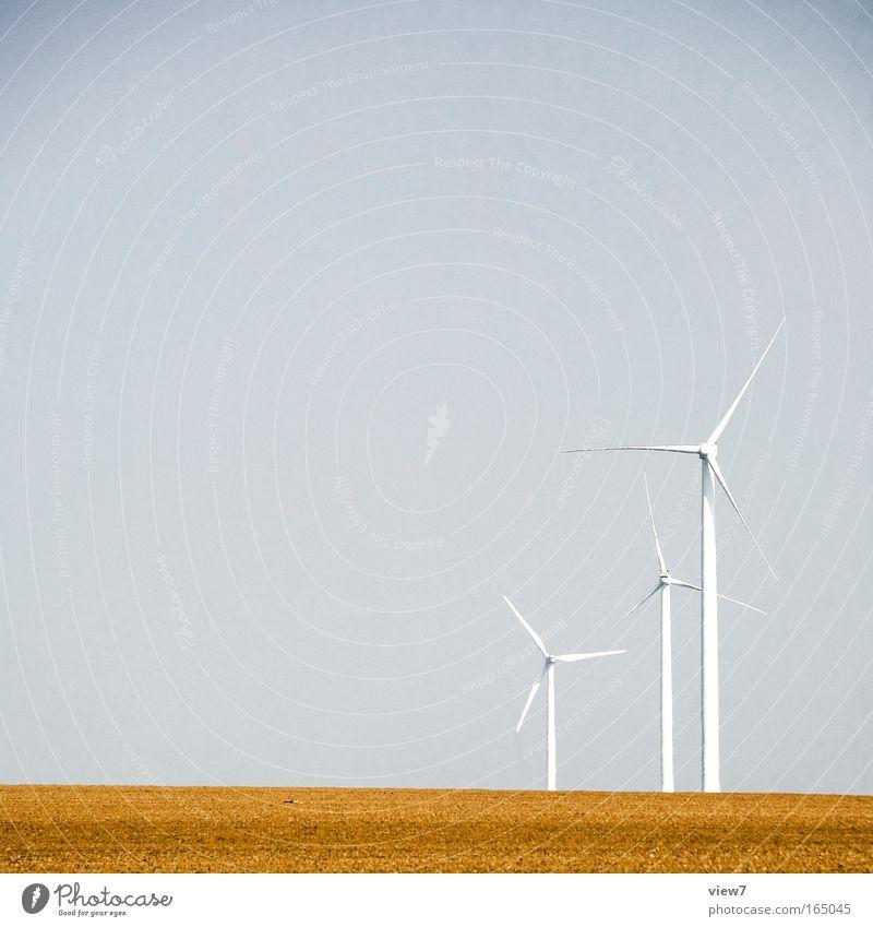 Windenergie Himmel Natur blau weiß Ferne Landschaft oben braun Arbeit & Erwerbstätigkeit Feld elegant Energie 3 Energiewirtschaft Klima authentisch