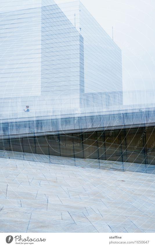 Schwingungen Wahrzeichen Stadt Oslo Oper Doppelbelichtung Geometrie Farbfoto Außenaufnahme Experiment Textfreiraum unten