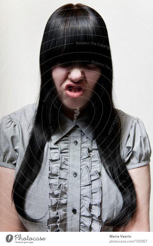 Schlecht erzogen Mensch Jugendliche feminin grau Erwachsene Kraft Mode wild verrückt retro bedrohlich einzigartig außergewöhnlich Wut trashig skurril