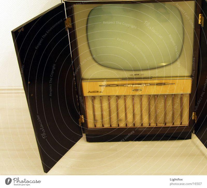 Fern seh! Mensch alt Holz Technik & Technologie Show Netz Medien Fernseher Fernsehen Kuba antik Sechziger Jahre Fünfziger Jahre Holzmehl