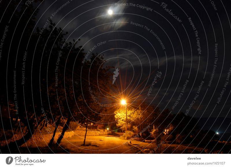 Kroatien bei Nacht schwarz Landschaft Europa Mond Nachthimmel