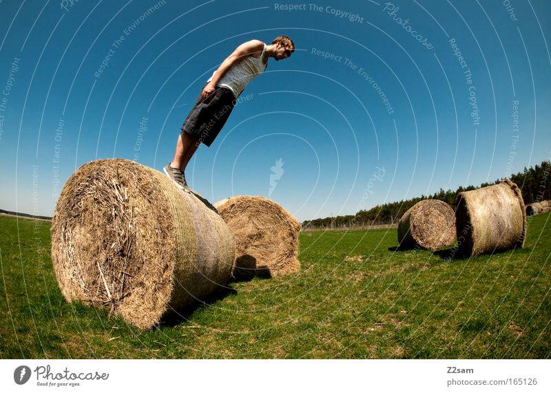 senkrechtstarter Himmel Jugendliche Sommer Erwachsene Landschaft Stil Feld Freizeit & Hobby maskulin Beginn außergewöhnlich verrückt Lifestyle stehen Coolness 18-30 Jahre
